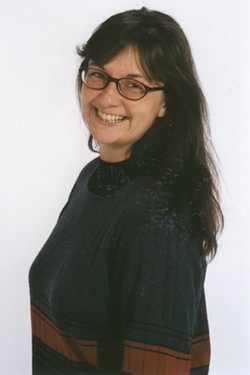 Dr. Doris Happl